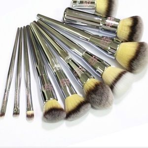 it Cosmetics Makeup Brush Set (set of 4)